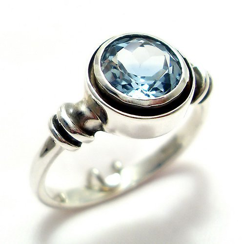 Prsten «Sluníčko» - stříbro 925, modrý topaz