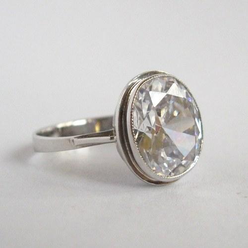 Zkrocené světlo (zlatý prsten)
