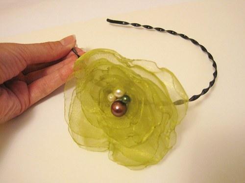 Zelená čelenka na přání