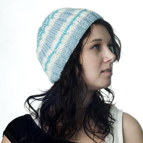 Winter colors - Modrá pruhovaná čepice