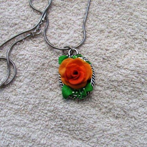 Růže - náhrdelník
