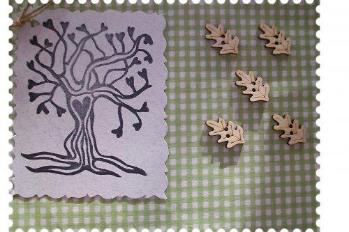 Dřevěný knoflíček - dubový lístek