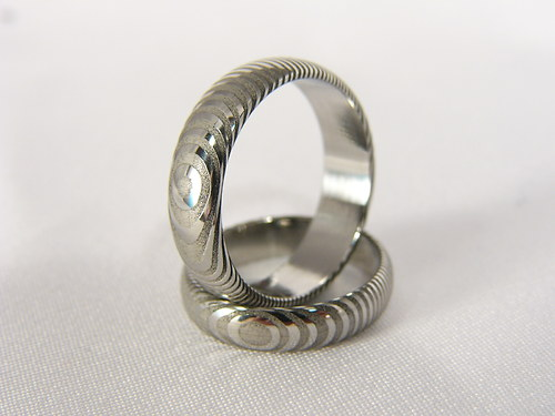 Snubní prsteny Grandir z damascénské oceli