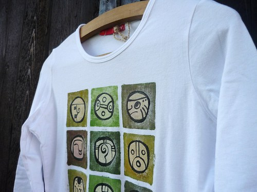 Bílé triko - mayské znaky