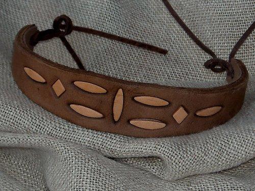 Náramek kožený prokládaný H