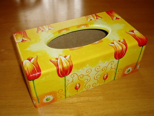 Krabička na kapesníky Tulipánky