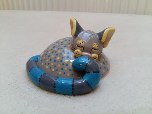 Spící kočička malá, Modrý ocásek