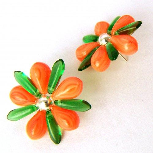 Oranžové kytičky