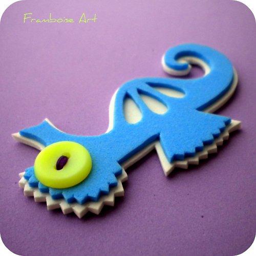 Modro bílý mořský koník