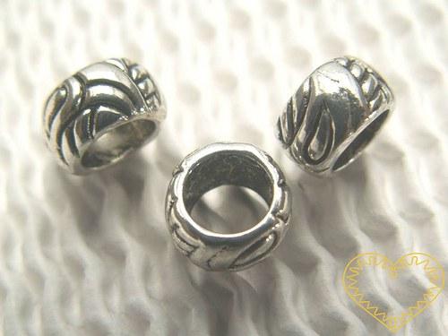 Korálek kovový - 6 x 8 mm, velký průvlek 6 mm