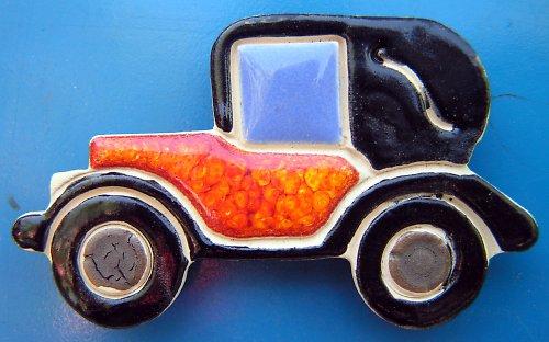 Auto VETERÁN s oranžovou