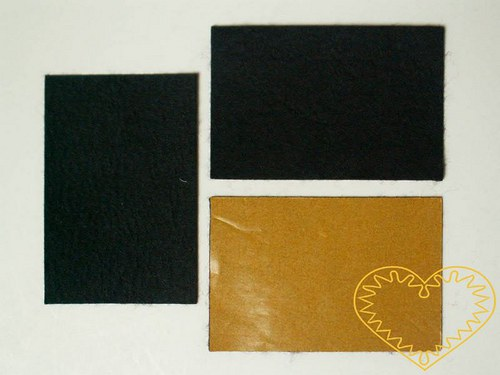 Malá černá samolepící plsť - 1 ks
