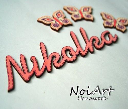 Vyrezávaná menovka Nikolka