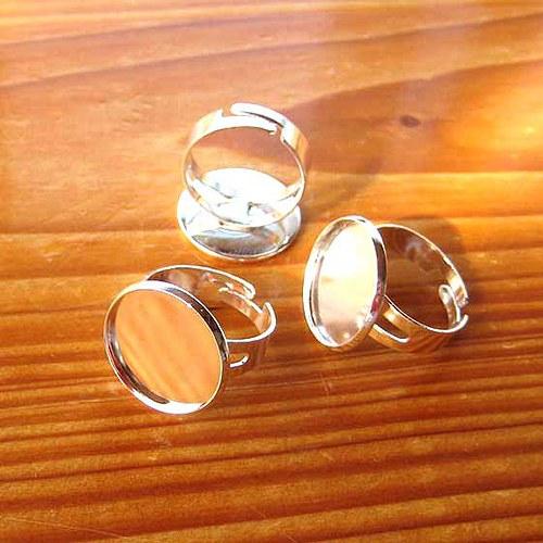 Prsten s Lůžkem 18mm - Stříbrný