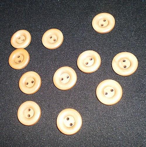 Dřevěné knoflíky 18mm