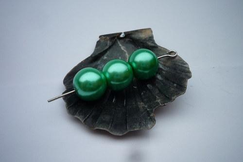 10 ks  perličky 10 mm    č.11 zelená pastelová