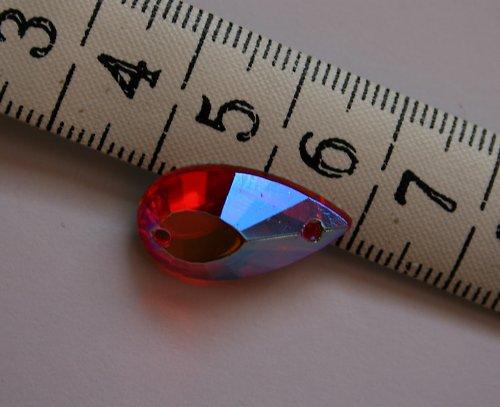 Našívací kámen - červená slza s kovovým leskem