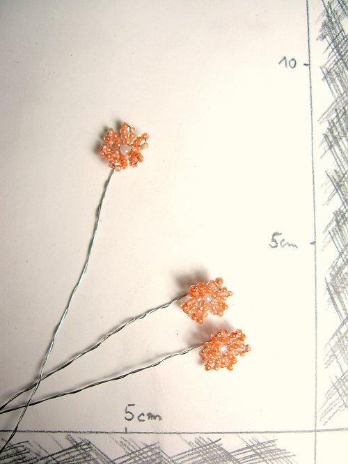 Kytička korálková sv.oranž. jeden květ