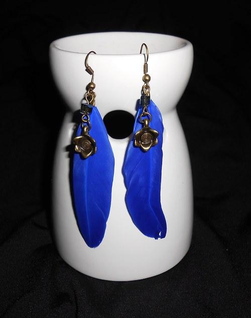 Náušnice peříčka - s kytičkou- modré
