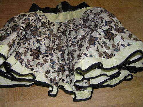 kolová točivá suknička - břečťanová
