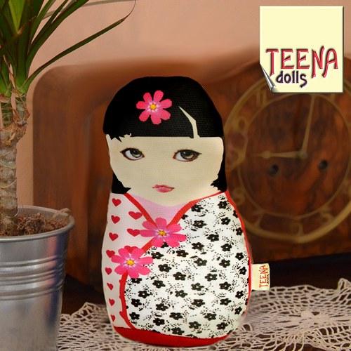 malá panenka kokeshi Keiko