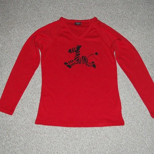 Červené triko se zebrou M - SLEVA z 250,- Kč