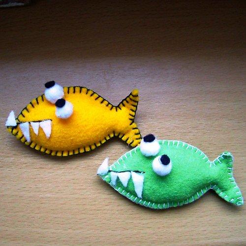 Další kousavé rybičky