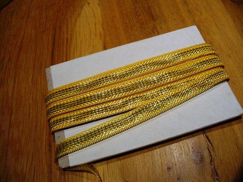 zlatá stužka 10mm