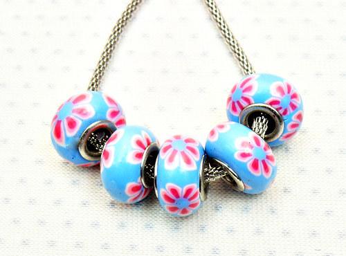 """Keramické korálky - vinutky \""""modro růžové\"""" 2 ks"""