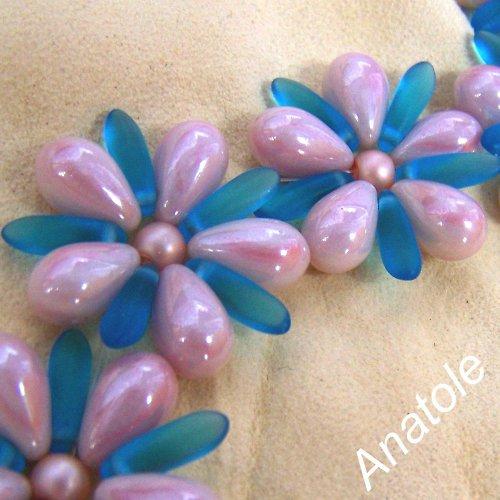 Modro-růžové kytičky