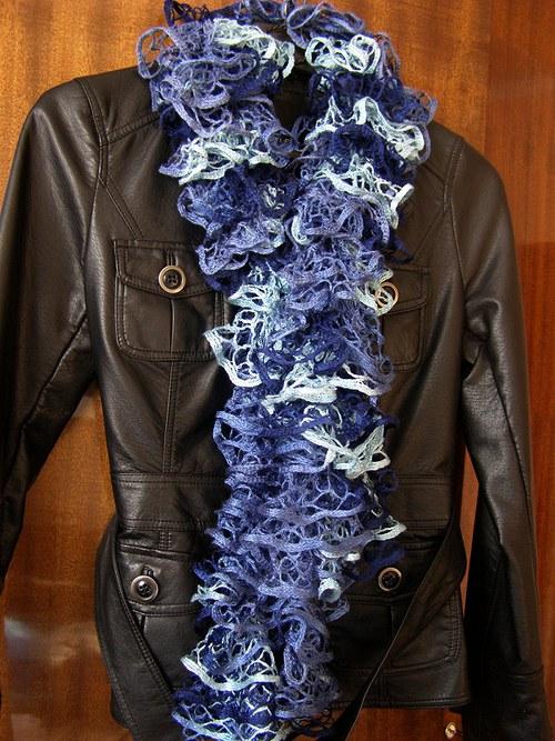 Volánková šála - modrá
