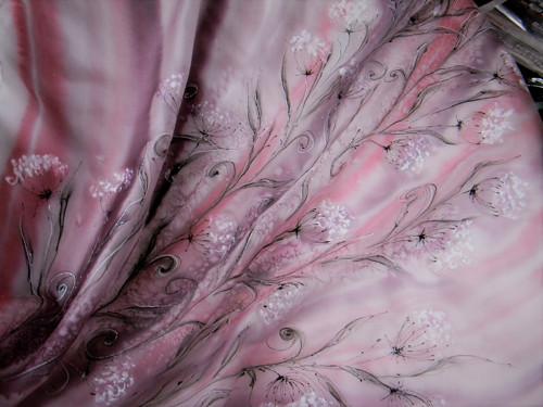 Louka / hedvábný šátek 75 x 75 cm/