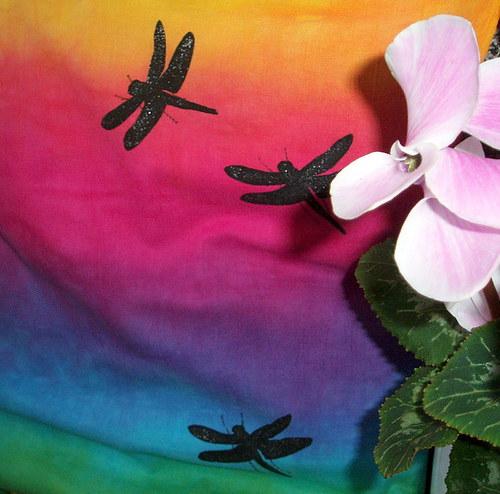 Vážky v duze...z kolekce Duhová