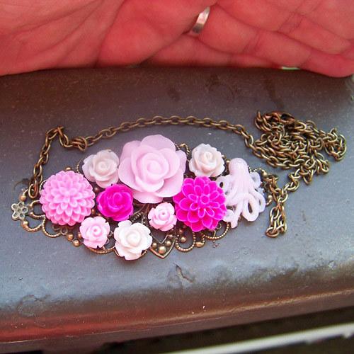 Letní květinový náhrdelník 3