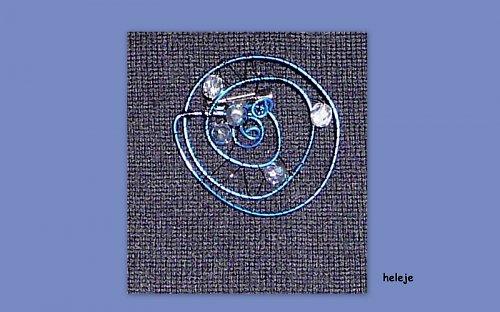 Brož modročerná s korálky