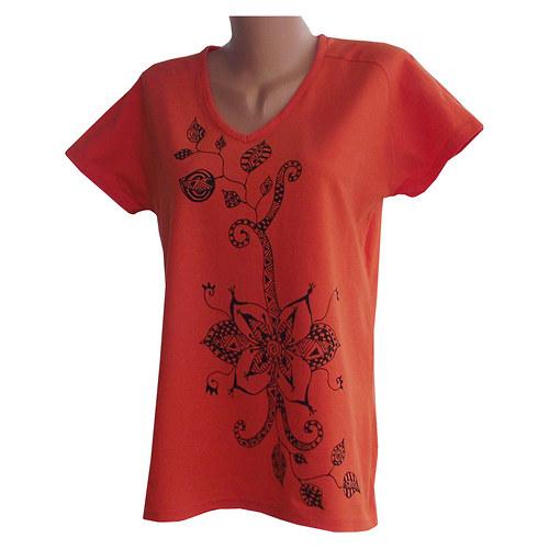 Oranžové tričko kytičkové