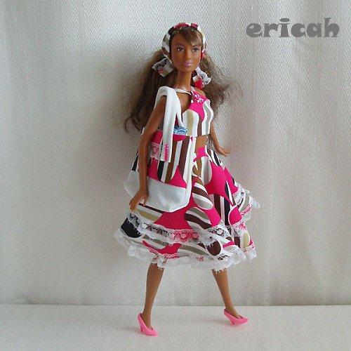 10-ti dílná letní souprava pro Barbie 3