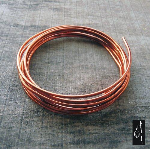 Lakovaný měděný drát 1,8 - 2 metry