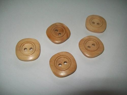 dřevěný knoflík 2,5 cm / 7,-Kč