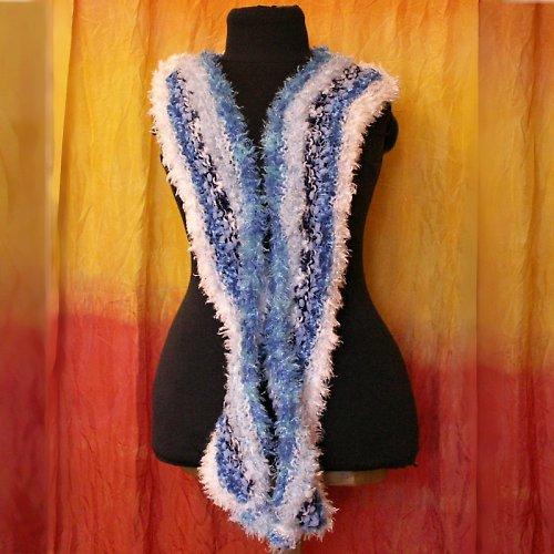 pletená šála - modro bílá- efektní příze