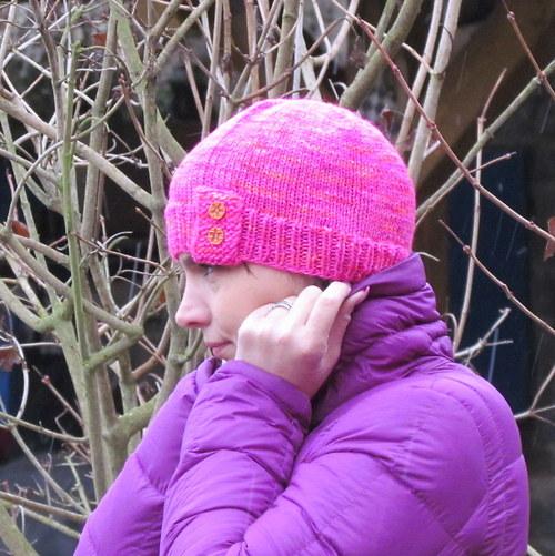 Pink - čepice z ručně barvené přírodní příze