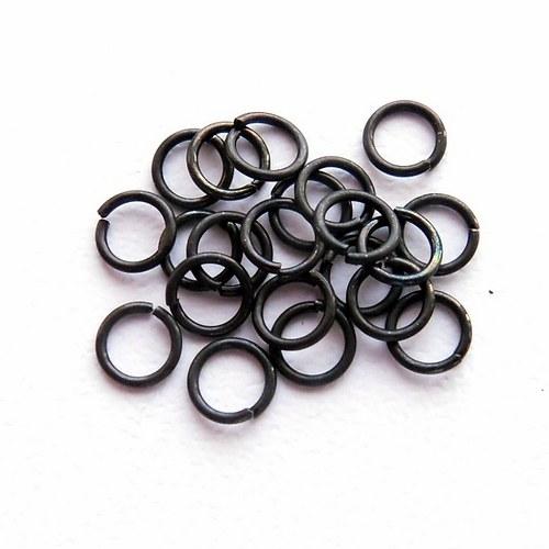 Spojovací kroužky černé 4 mm
