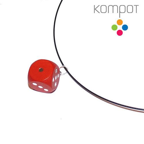 Náhrdelník s kostkou :: červený