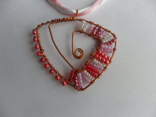 SLEVA  Růžové snění náhrdelník