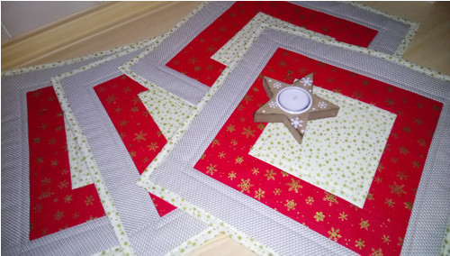 Zimní - vánoční prostírání  34 x 34 cm