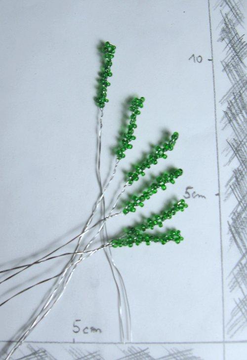 Doplněk do kytice korálkový zelený