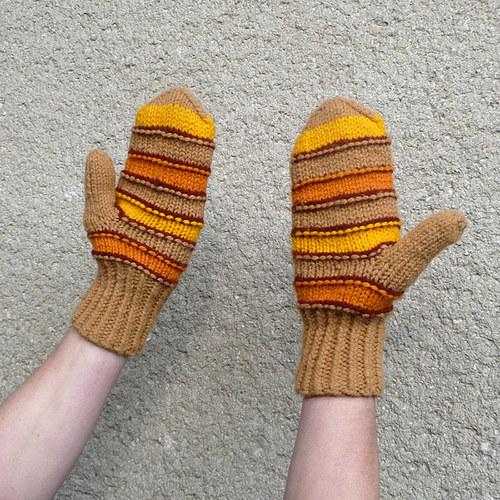 Dámské  rukavice s veselými proužky