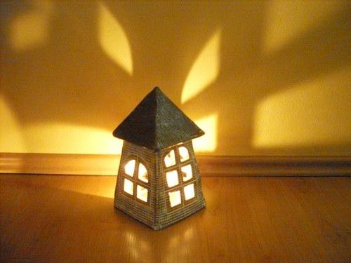 Domek na svíčku i do zahrady