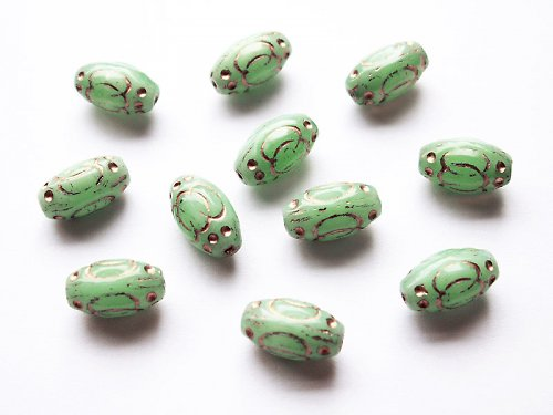 Zelené pentličkové (mačkané korálky)