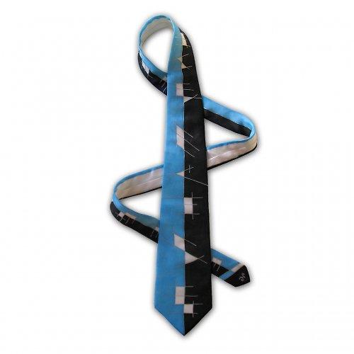 (Světle)modro-černá kravata s čárami